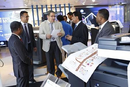 Almana & Partners showcase the new range of mobile printing